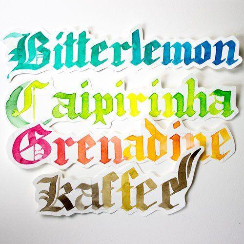 Getränkekarte Blackletter Kalligraphie Farbcafe.de Buntes Aquarell